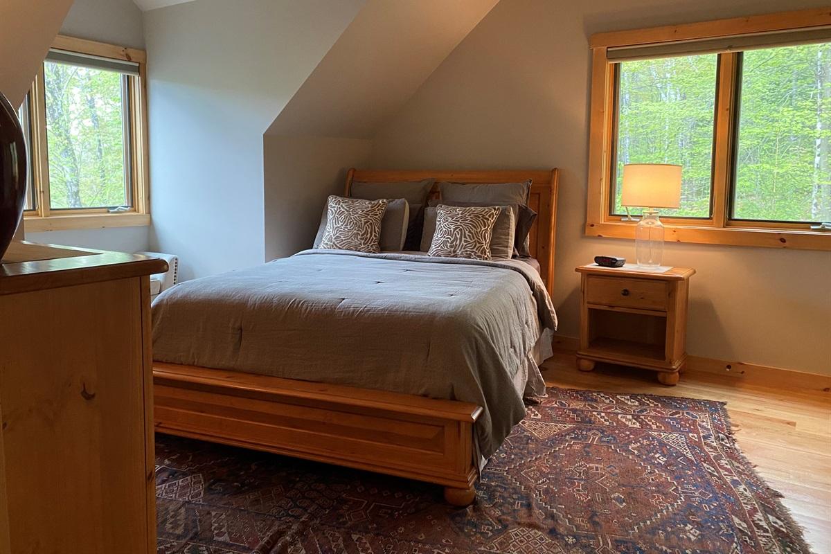 Upstairs Queen Bedroom 2