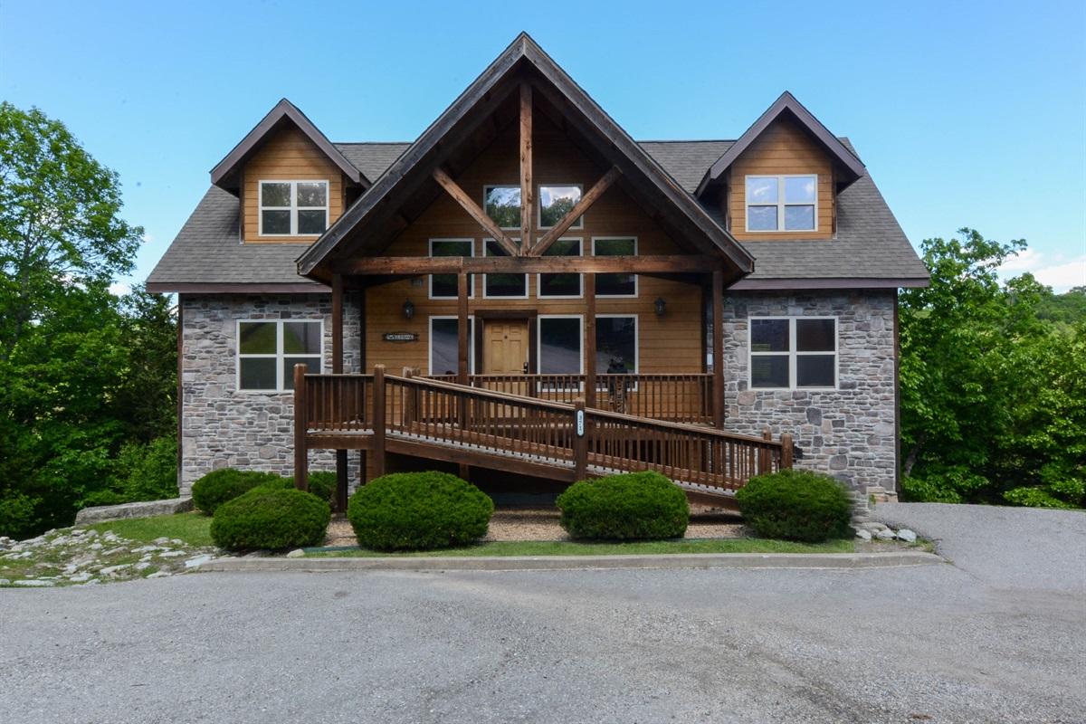 Vanessa's Vacation Homes - Branson, Missouri