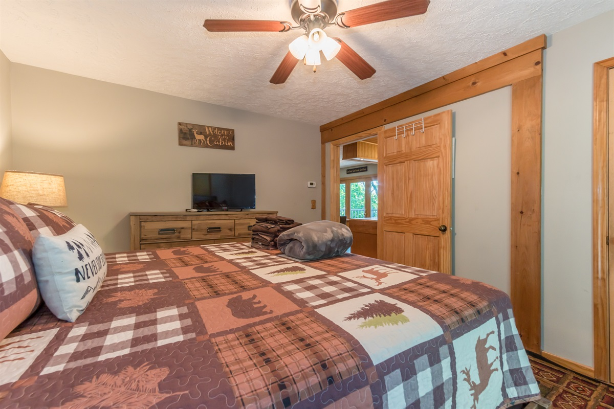 Master Bedroom with DirectTV