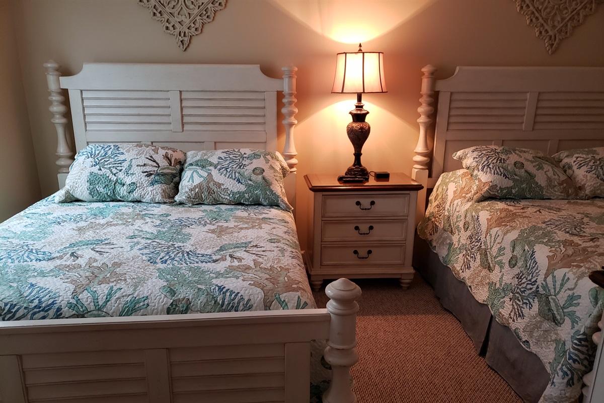 Upper Level Bedroom-#2  2 Queens
