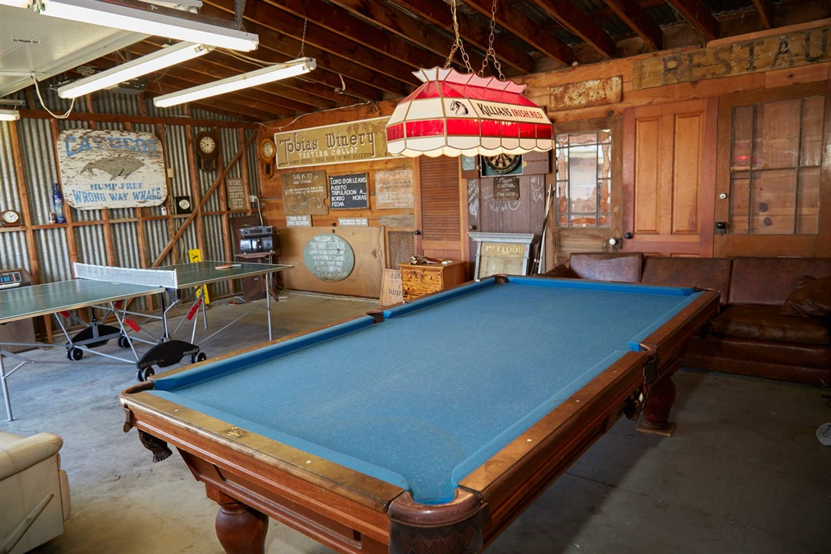 Ping Pong, Darts and Billards! Fun hangout spot (this space is shared with our other 2 vac. rentals)