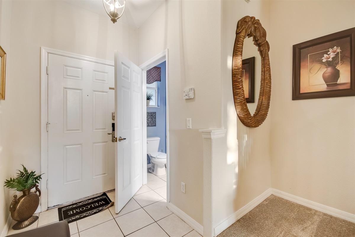 Guest Bathroom 1st Floor