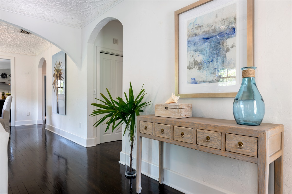 New renovated and upgraded gorgeous PALM BEACH SoSo home has 3 BD/ 2 BT and a pool house with 1 BD/ 1 BTH. Amazing Heated Resort-style pool!