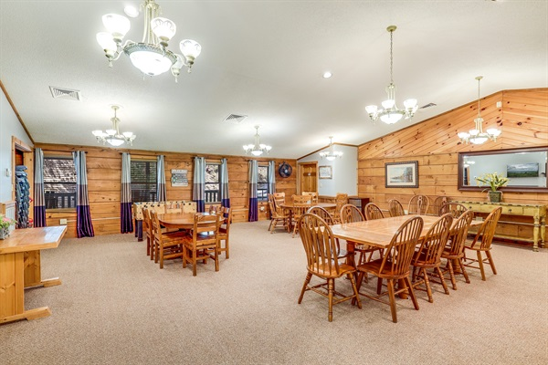 Large 1200 sq ft dining room