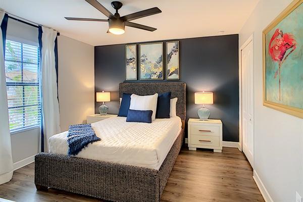 Bedroom 4-2nd Floor-Queen Bed