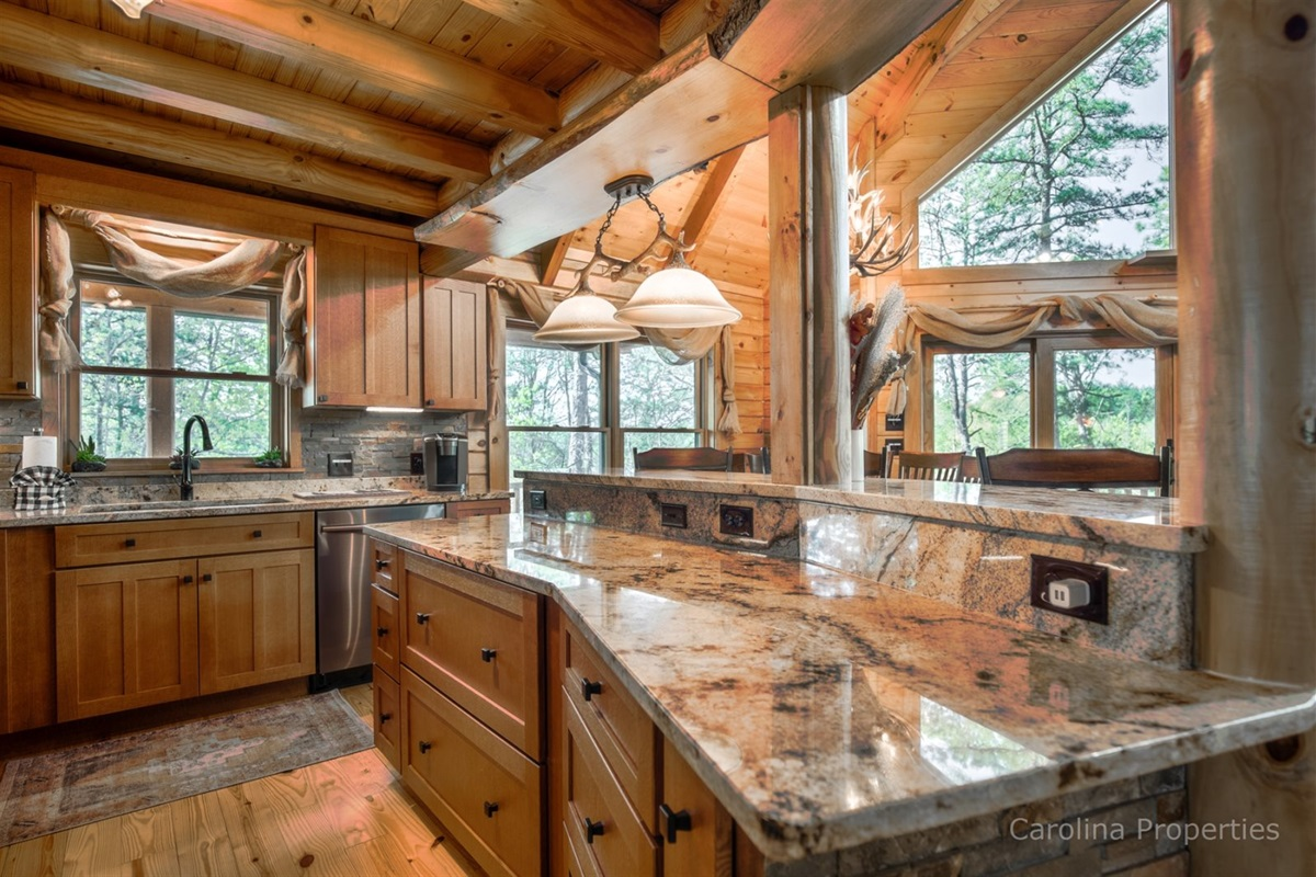 Luxurious and fully functional kitchen