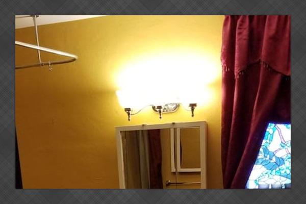 Gold Suite - Private Bathroom