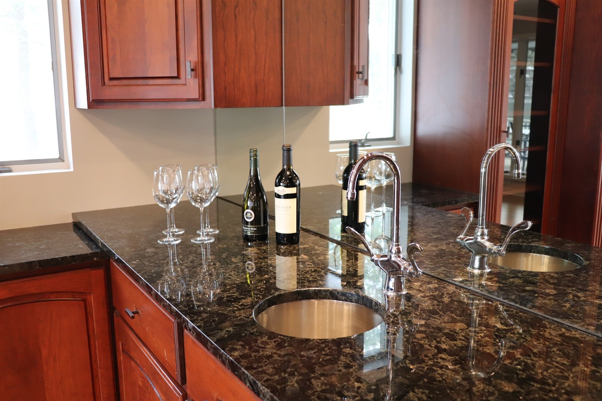 Wet Bar in the game room