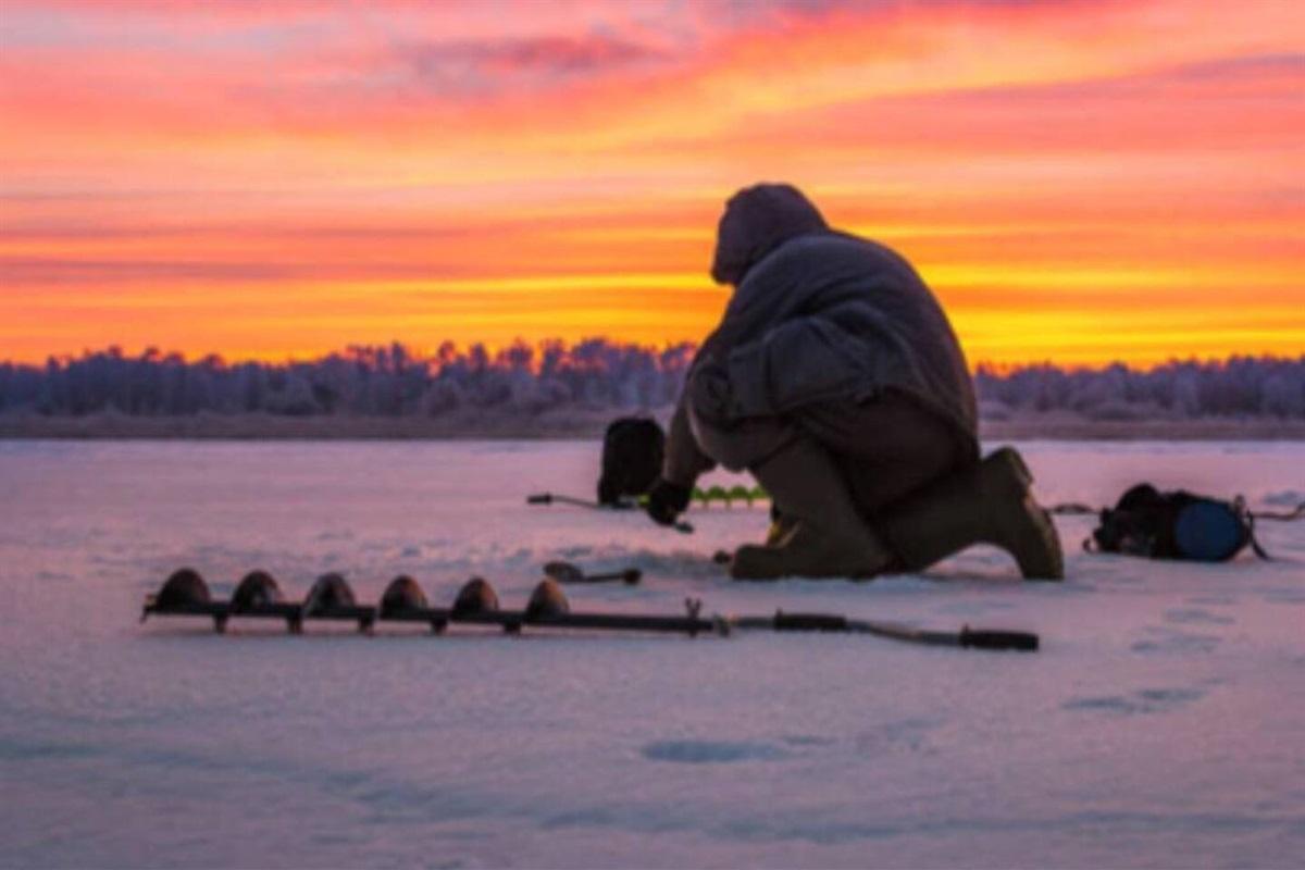 World-class winter ice fishing is located near Peninsula State Park.