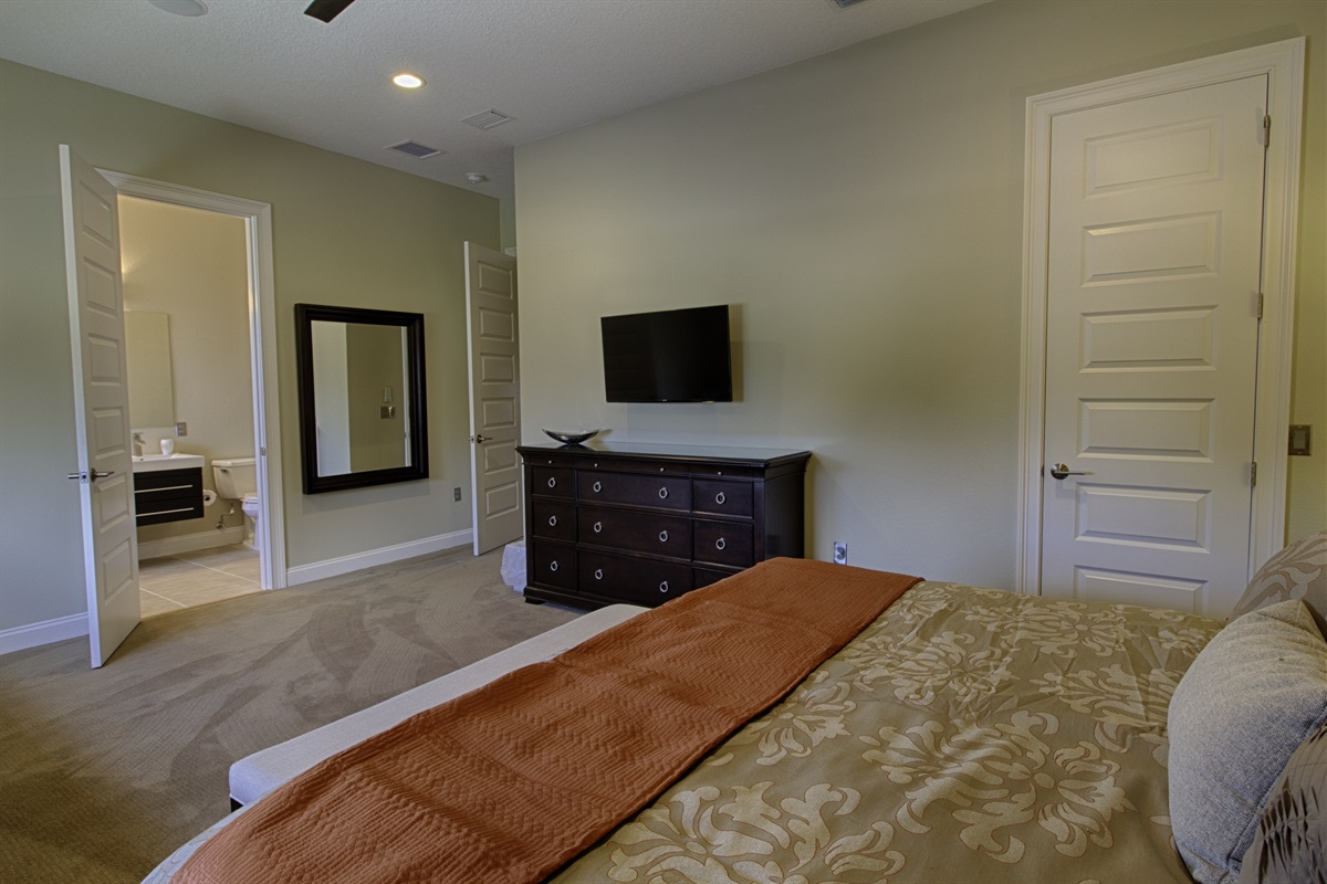 Multiple Master Suites with King beds