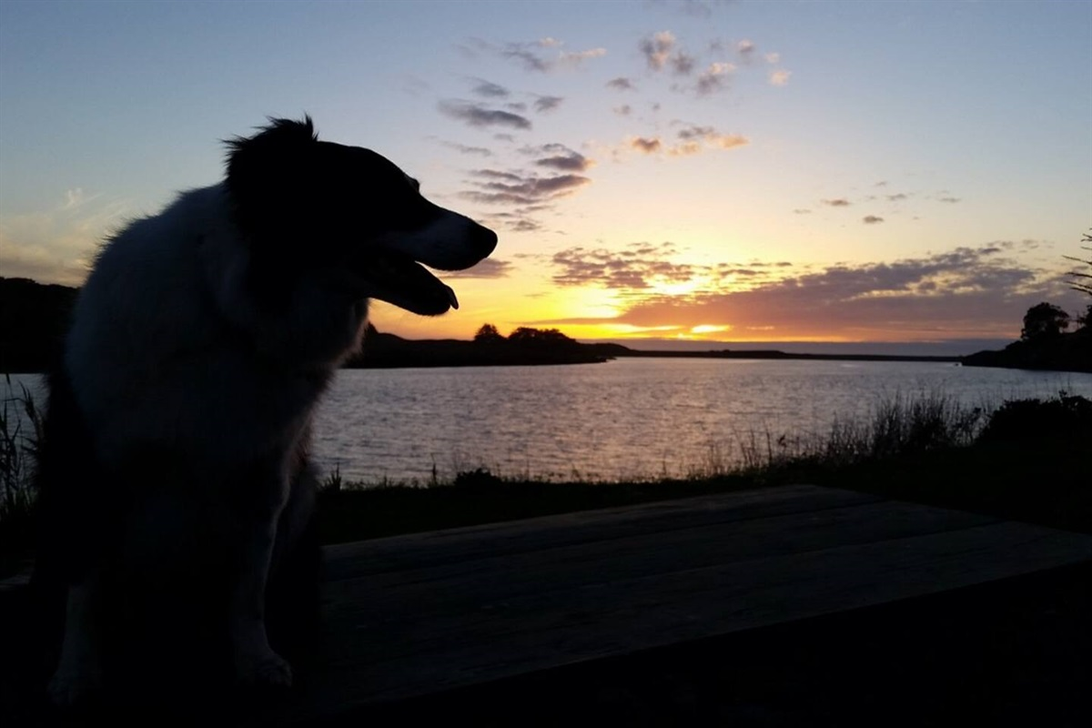 River View Cottage `Luna` at Sunset