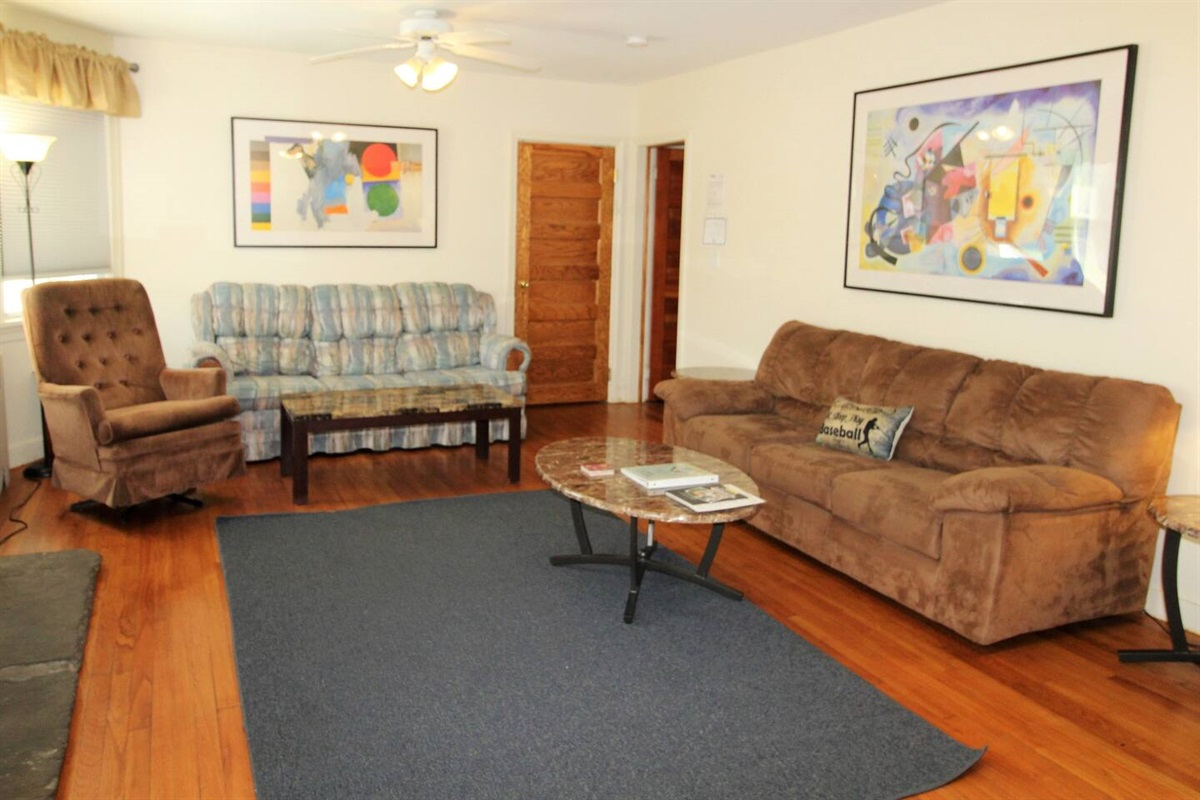 Spacious living room with lots of seating