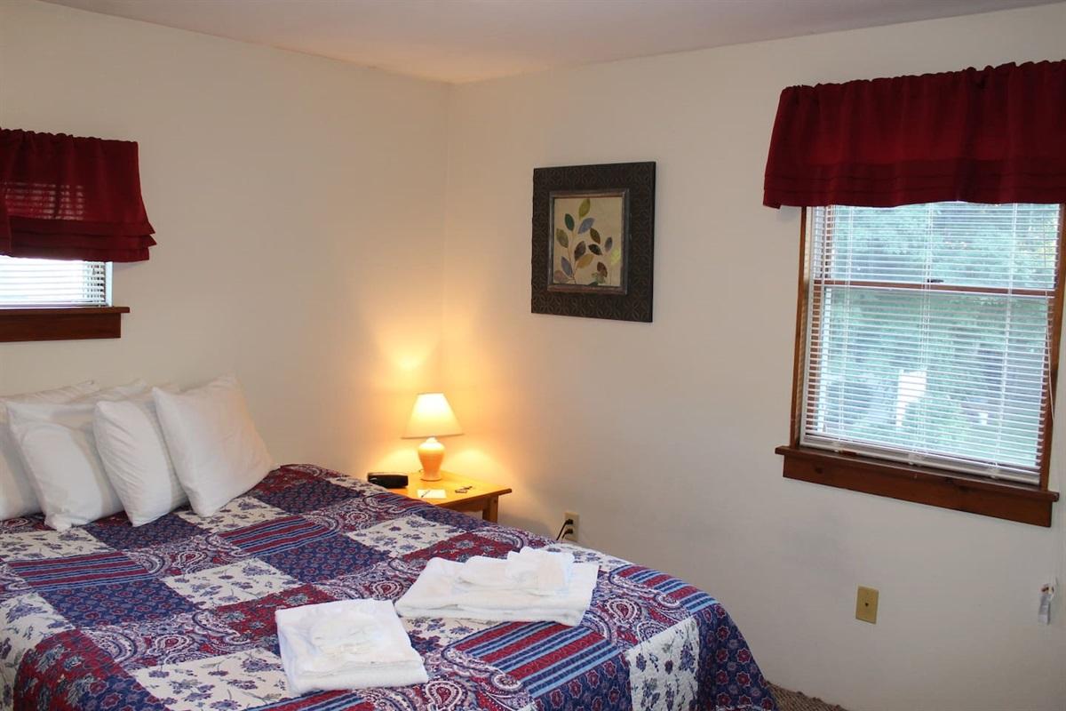 Bedroom with queen bed - Unit #5