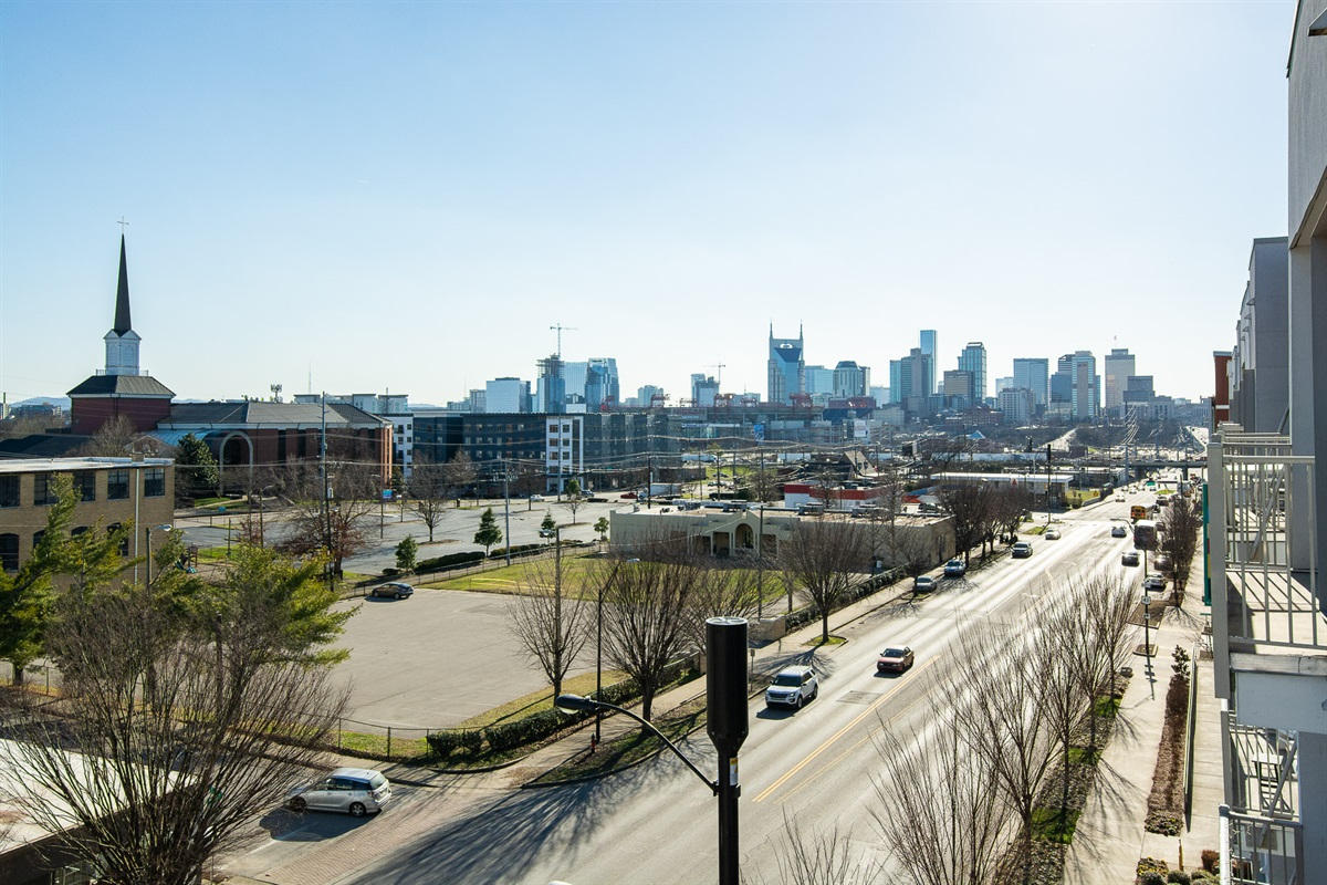 Incredible Nashville Skyline views from your own balcony!