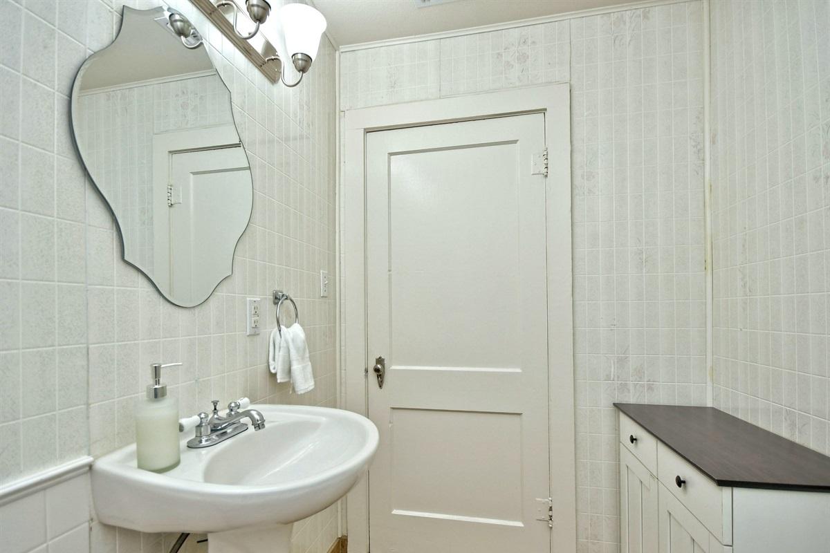 Opa Seidel Haus Bathroom