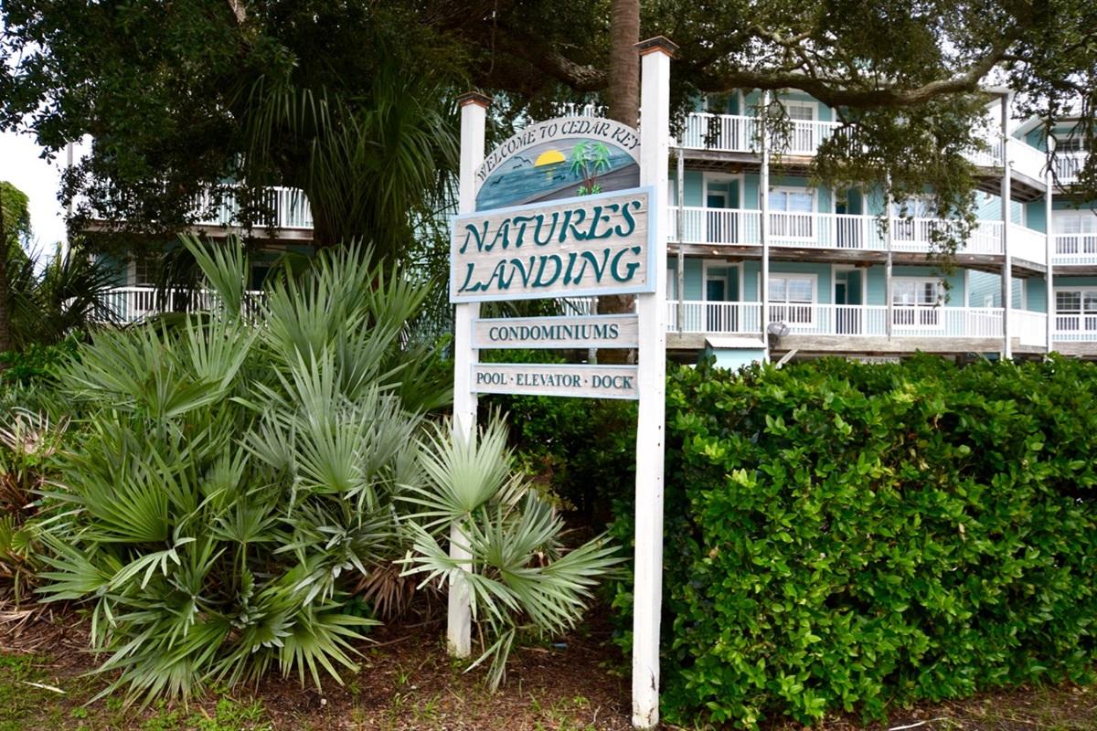 One of the premium condo complexes on island!