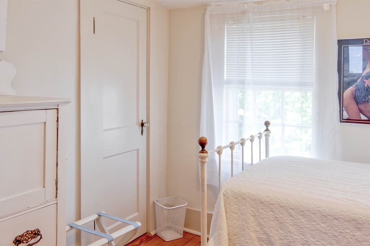 William Martin Room - Bedroom 8