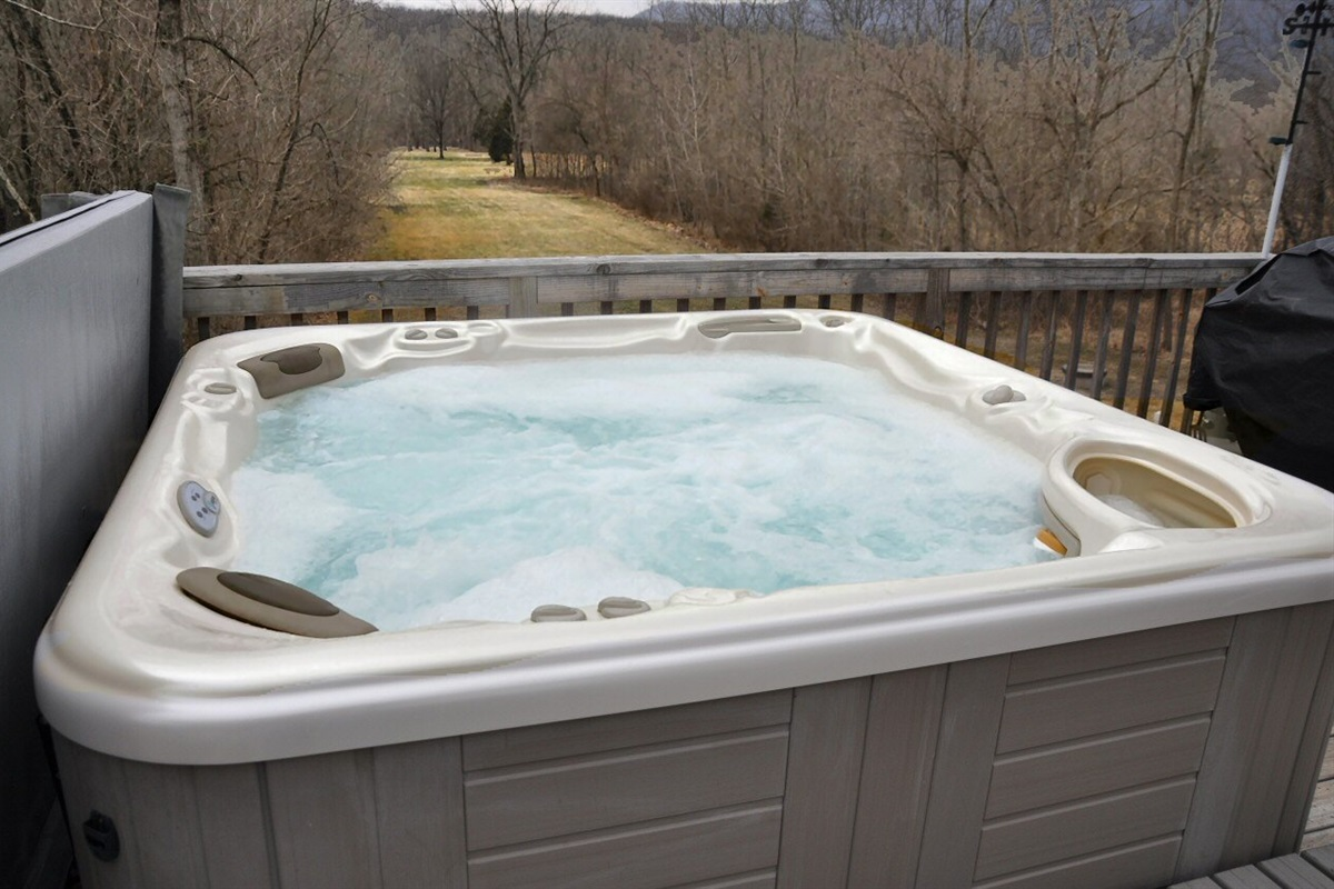 Large jetted hot tub