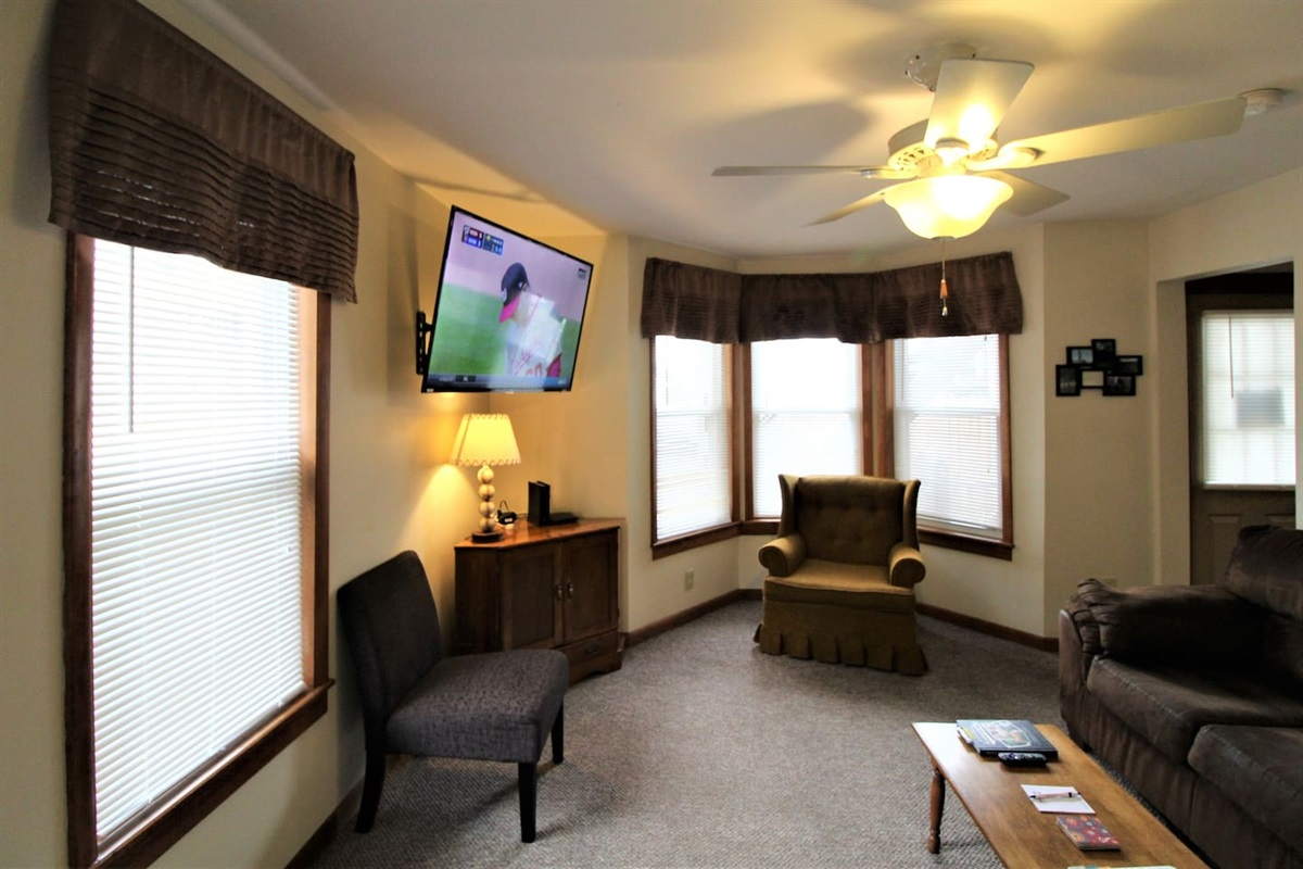 Spacious living room; central air conditioning throughout
