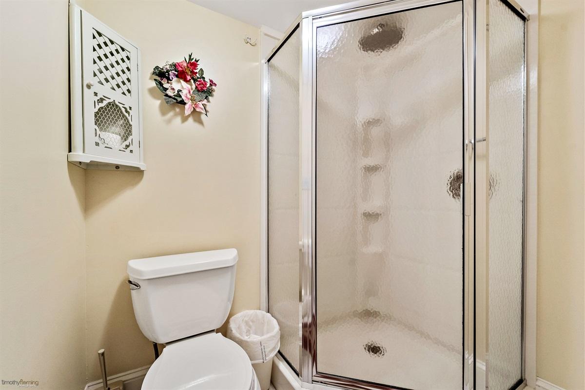 2nd Floor Bedroom-w/ private full bath