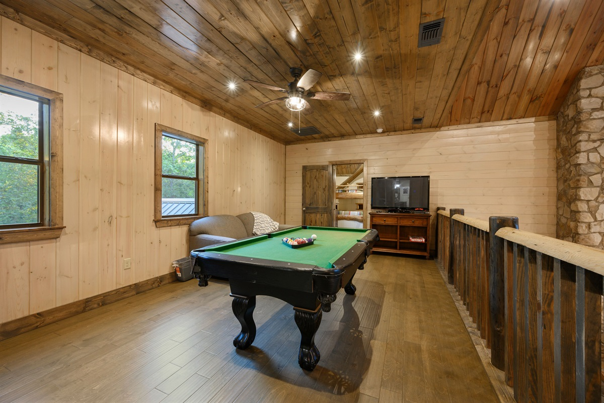 Upstairs loft includes pool table and PlayStation 4
