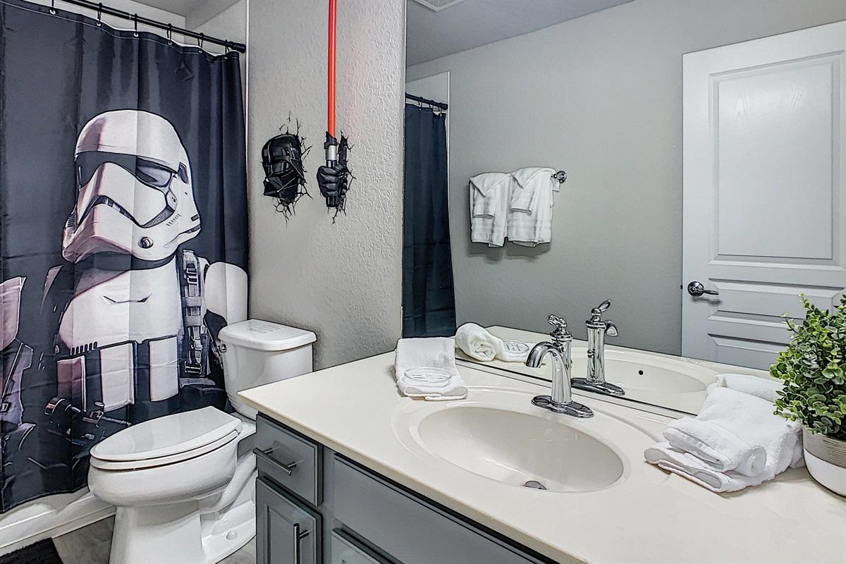 Bath #5 (Bedroom #5 En Suite Bathroom)