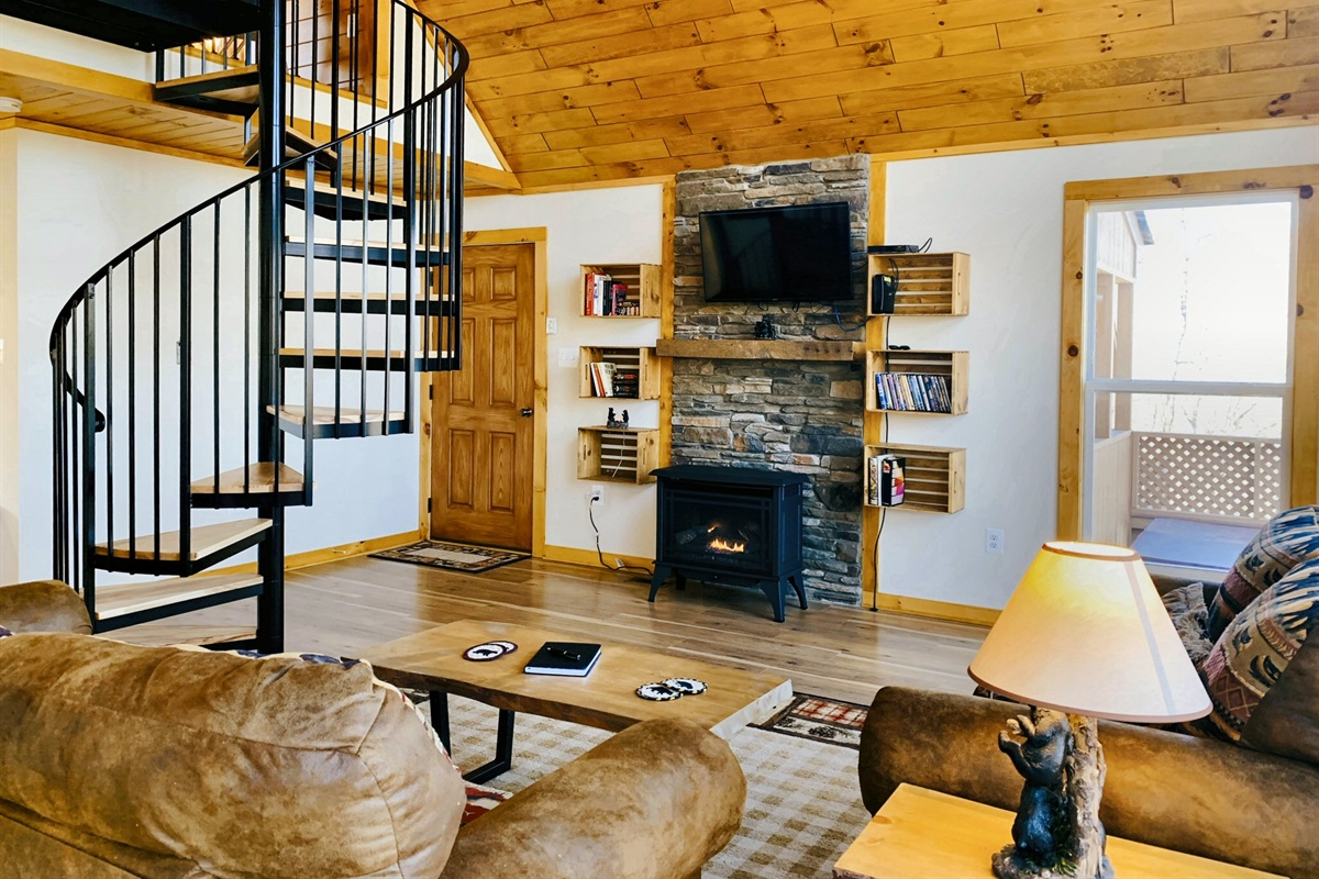 Purpose-built open interior for vacationing near the river