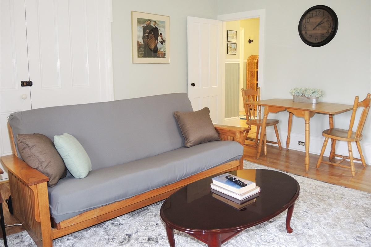 Living Room w/ Sleeper Futon