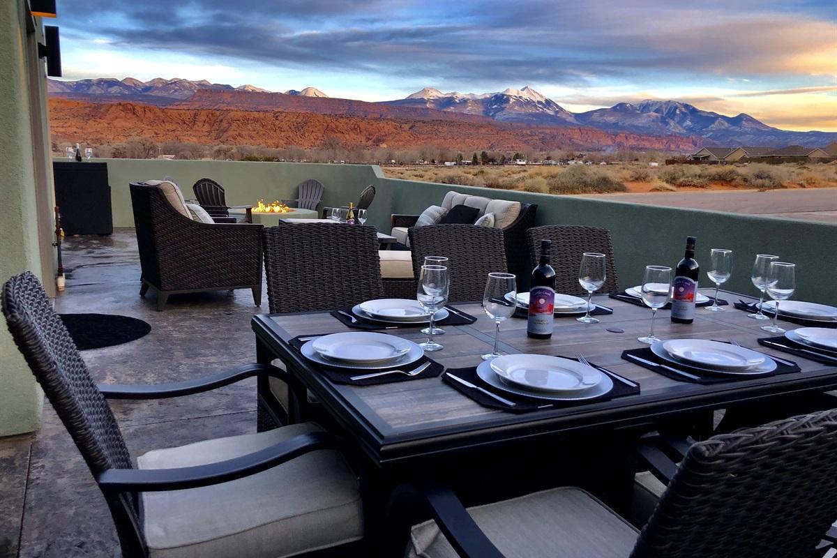 Outdoor dinning
