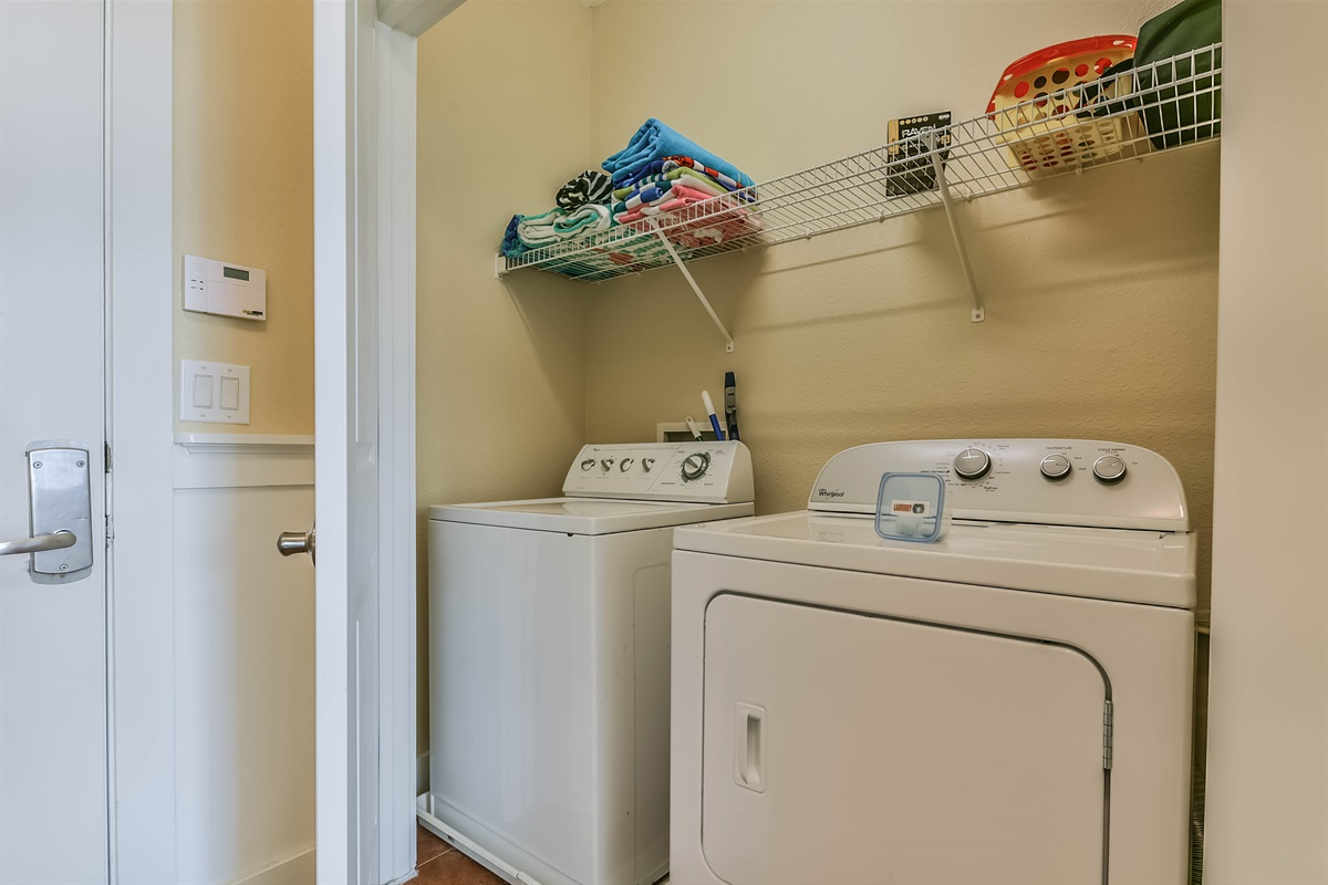 Laundry Room With Full Size W/D