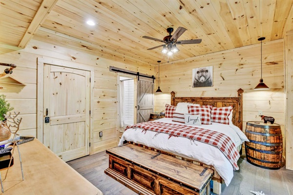 The Bear Cave King Master Suite is on the lower level with direct access to the lower deck