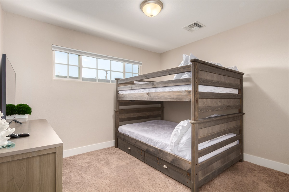 full over full bunk w/ twin trundle (top bunk not suitable for adults)