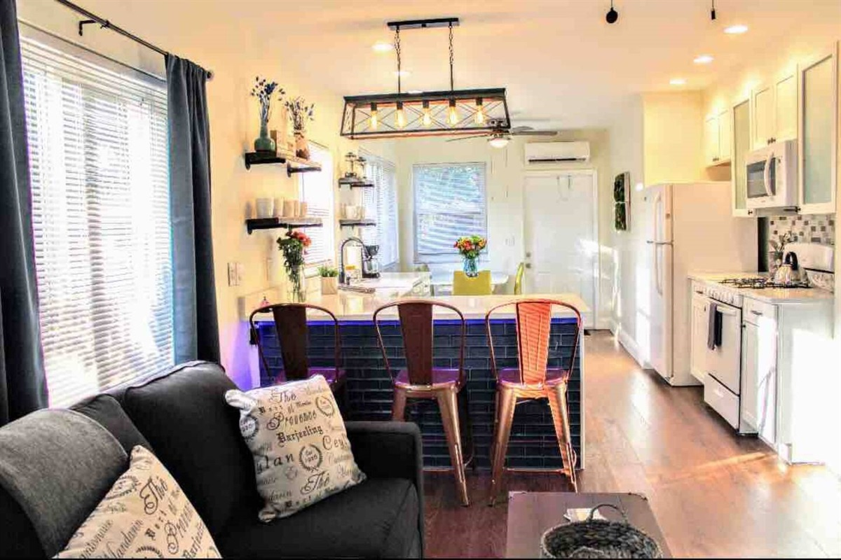 """""""This place is a hidden gem! The home is super stylish, clean, and a great place to relax. There is plenty of room to spread out and the home office in the spare bedroom is a plus! This home will be our go-to spot in Hollywood area from here on out."""""""