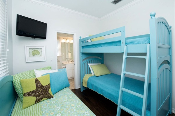 Cottage First Floor Bunk Room with Bunk Beds and Day Bed with Private Bath