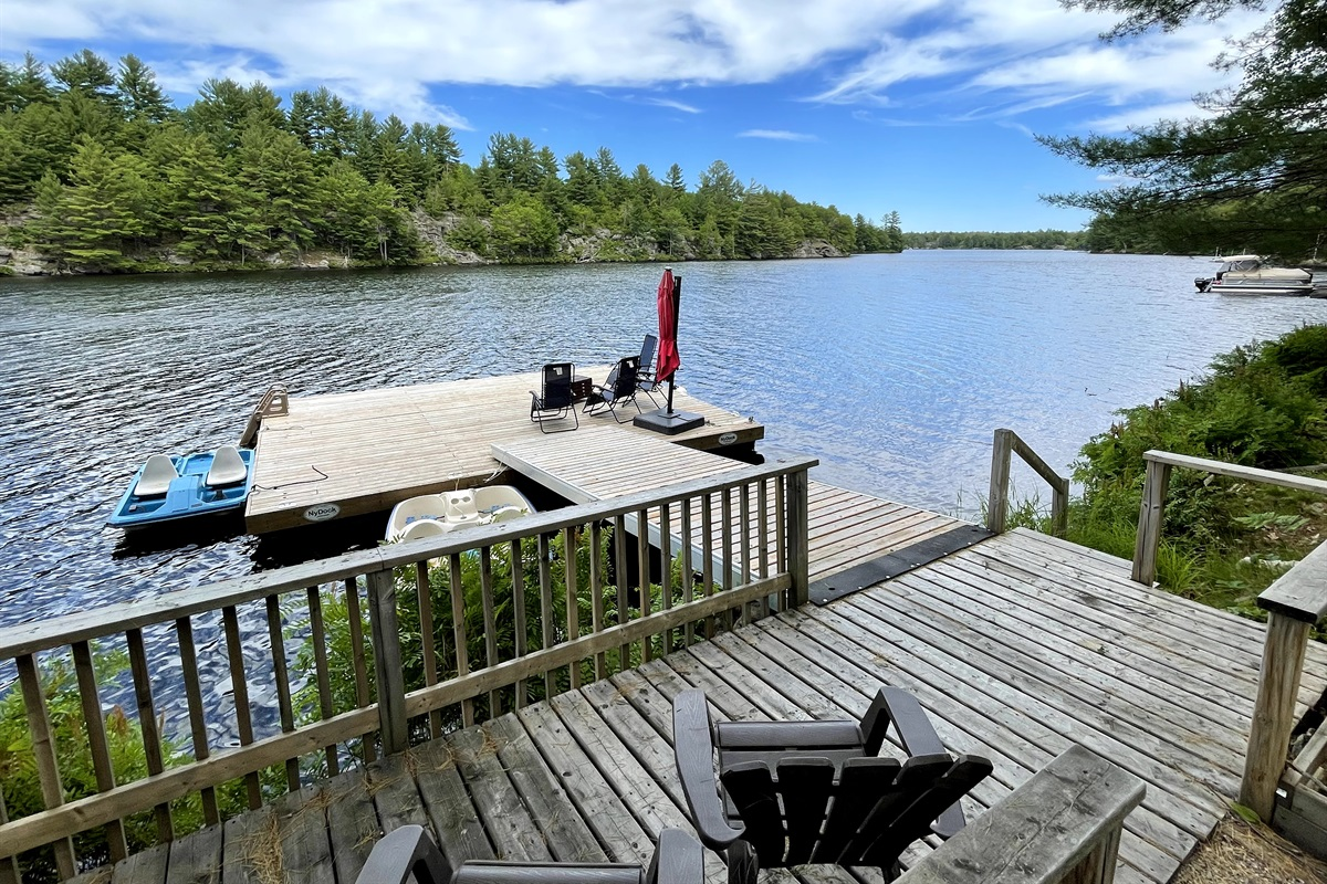 Large 24' dock, 2 pedal boats, Privacy facing crown land