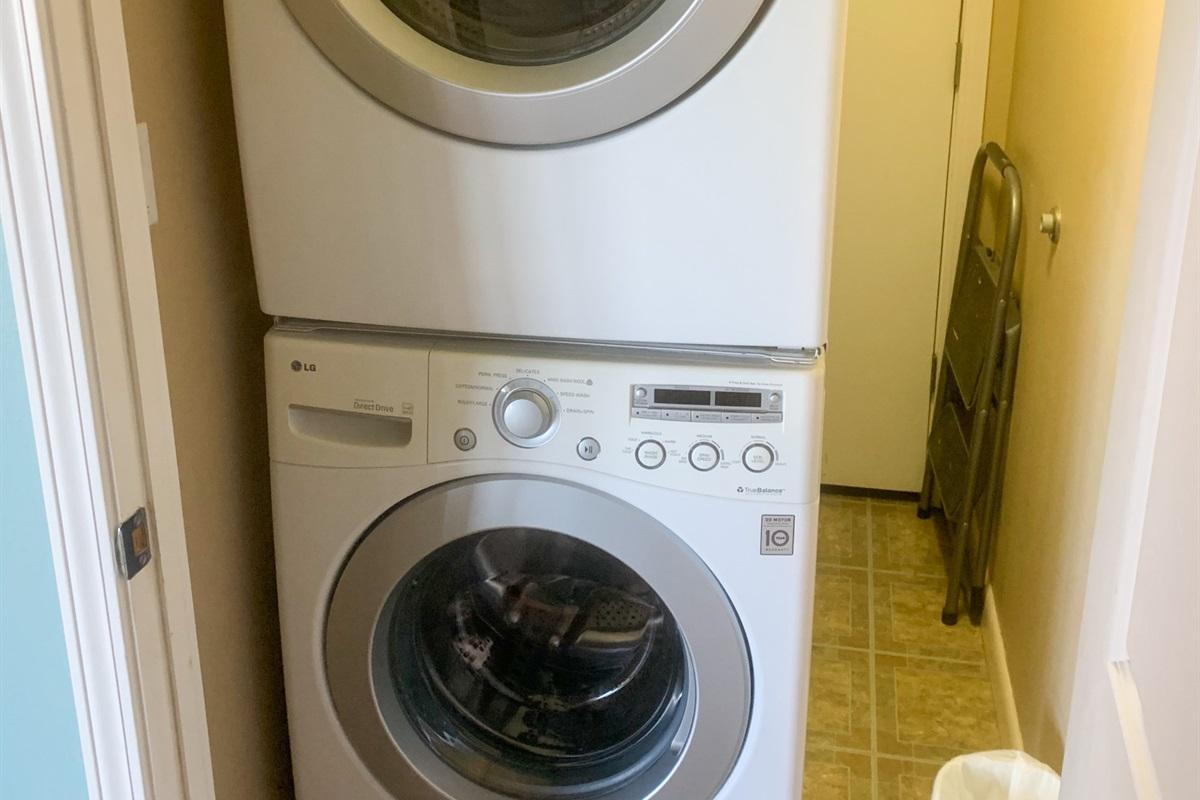Full sized washer/dryer