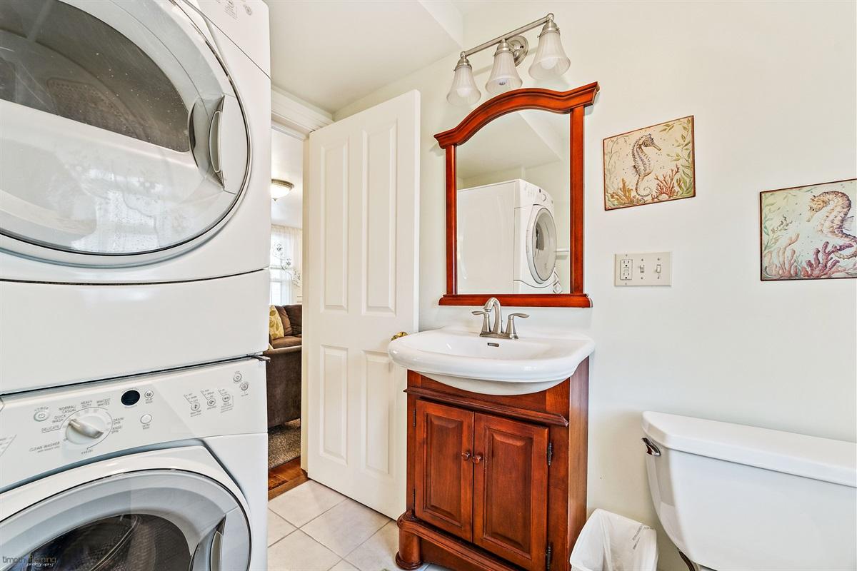 1st floor half bath & Laundry