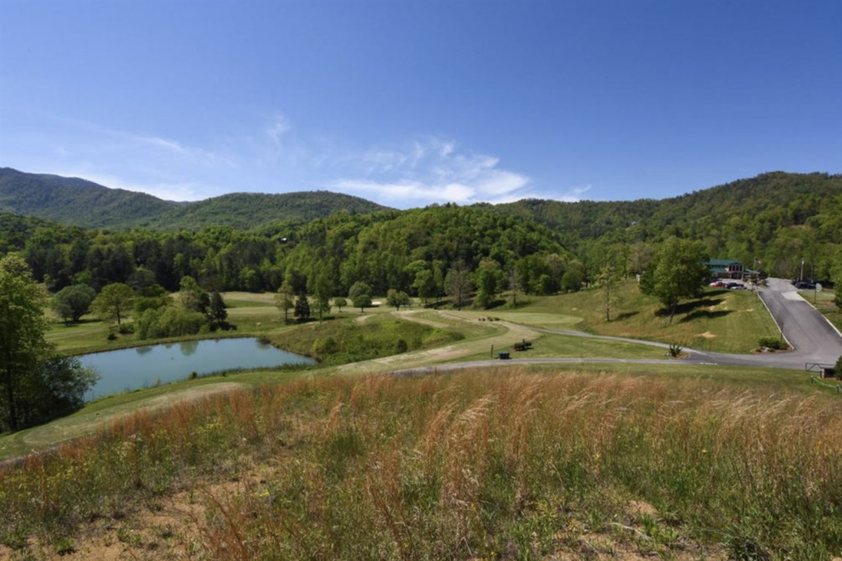 Wild Laurel Golf Course & Clubhouse inside Laurel Valley