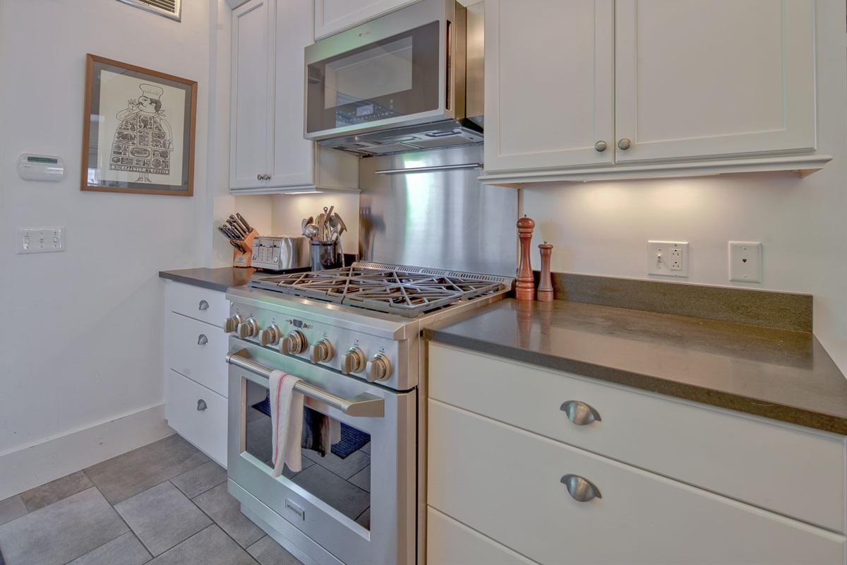 Front Gourmet Kitchen