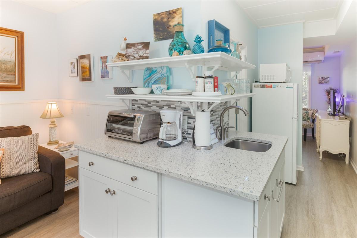 Great studio kitchen with all essentials