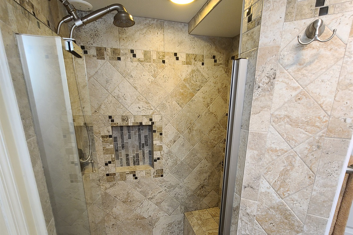 Tiled 2nd Bathroom Shower & Massaging Shower Head