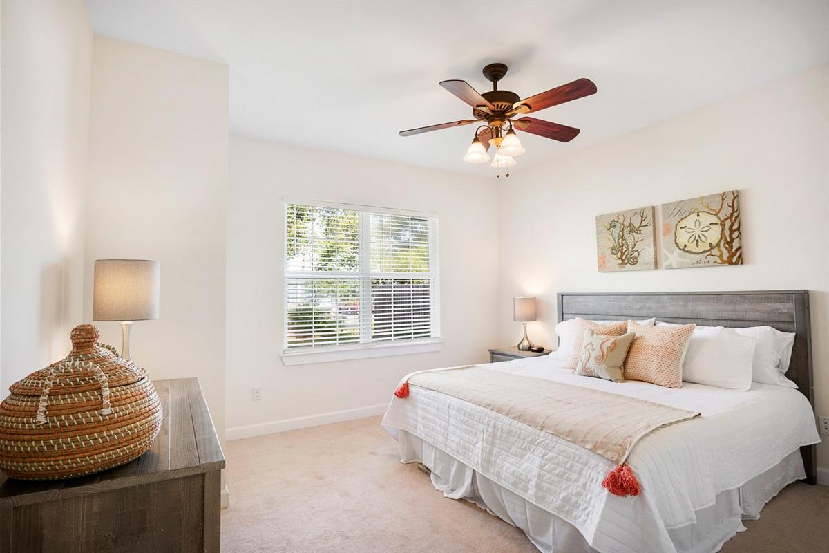 large master bedroom w king bed