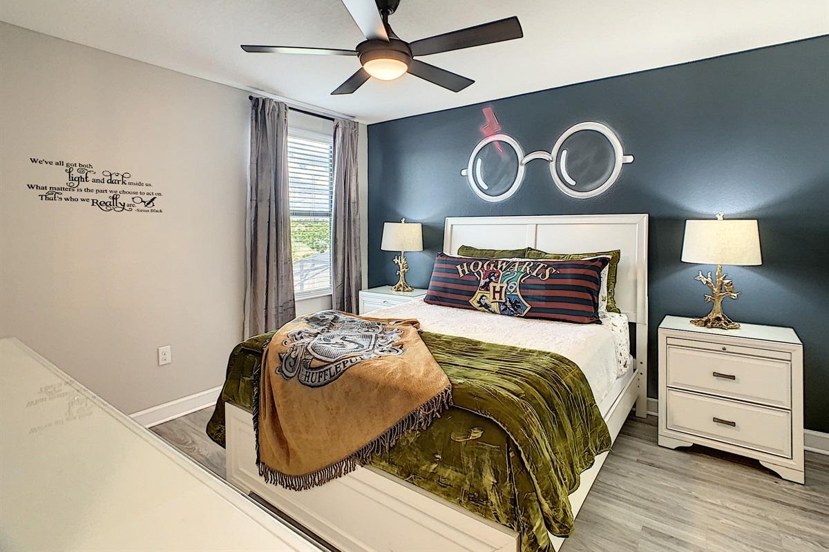 Bedroom #8-2nd Floor-Queen Bed