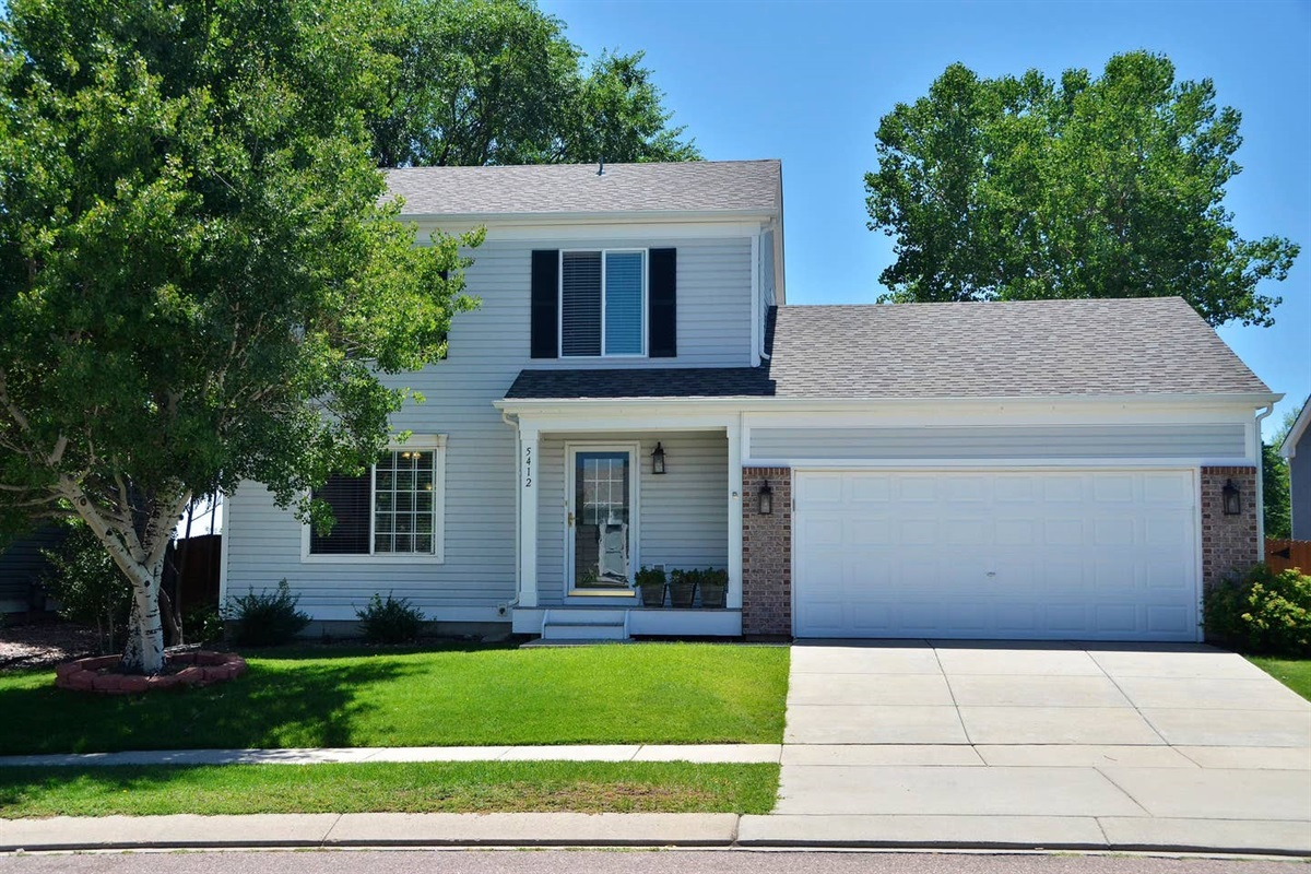 This beautiful, comfortable home in a quiet and pretty neighborhood is waiting to greet you. Park in the garage to stay out of the snow in winter, or hail in summer.