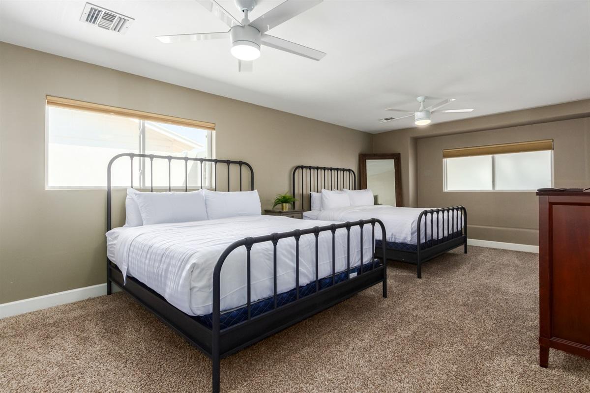2 Cal King beds