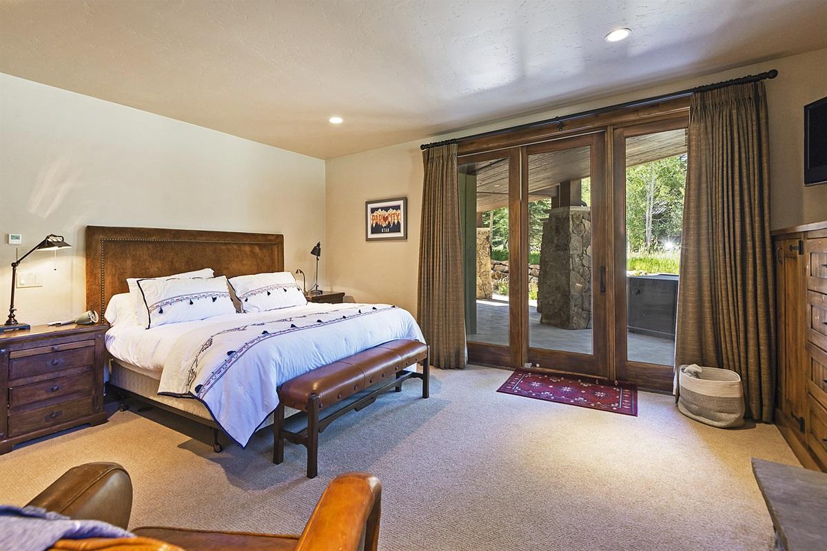 Master suite #4 - queen bed