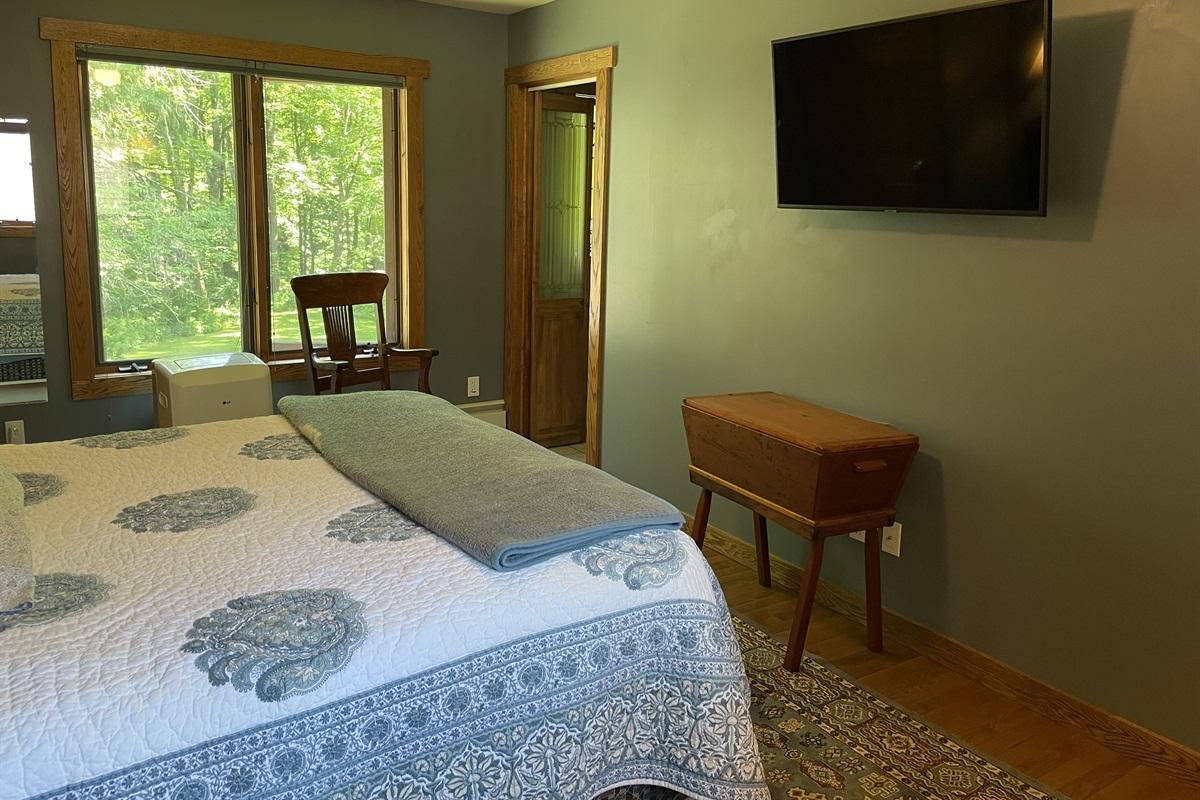 2nd Floor Master Queen Bedroom