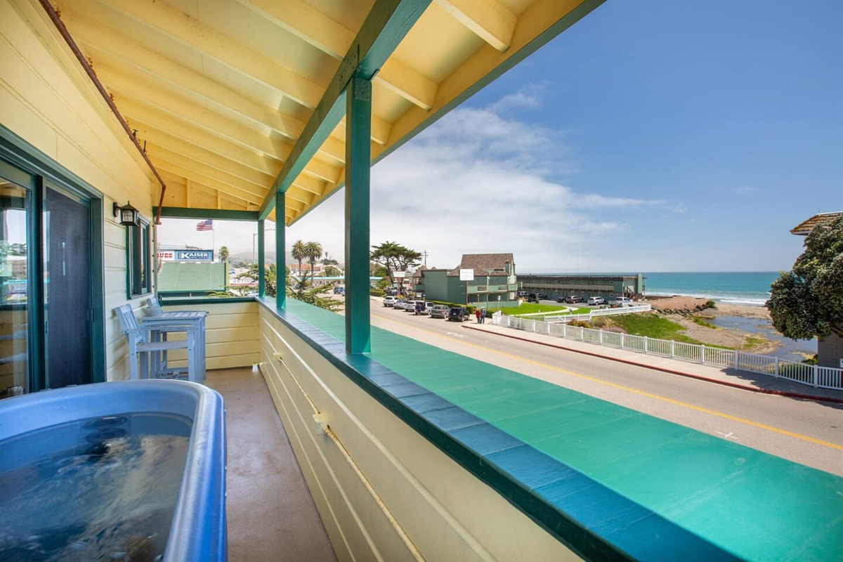 hot tub and viewing deck