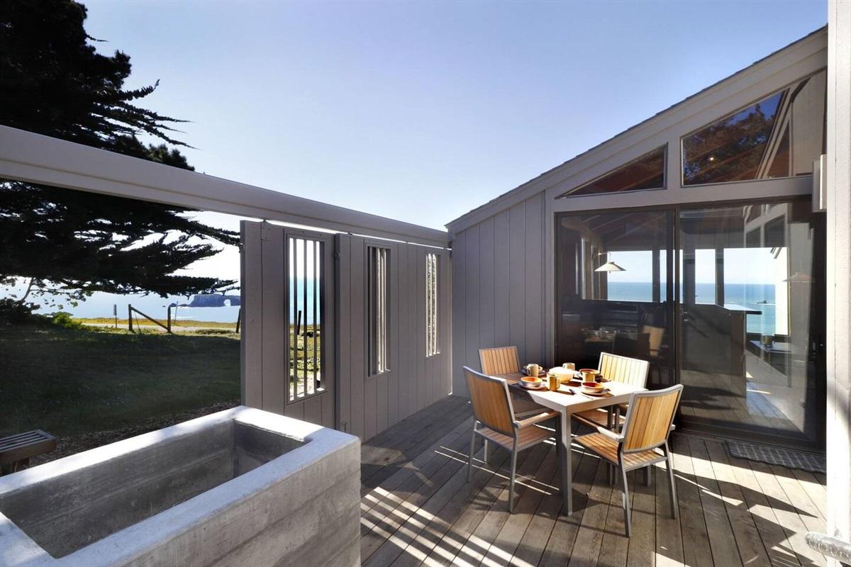 Pacific Sunset Slider Doors to Views