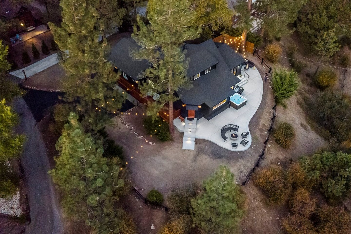 Aerial view of the Fox Haus back deck.